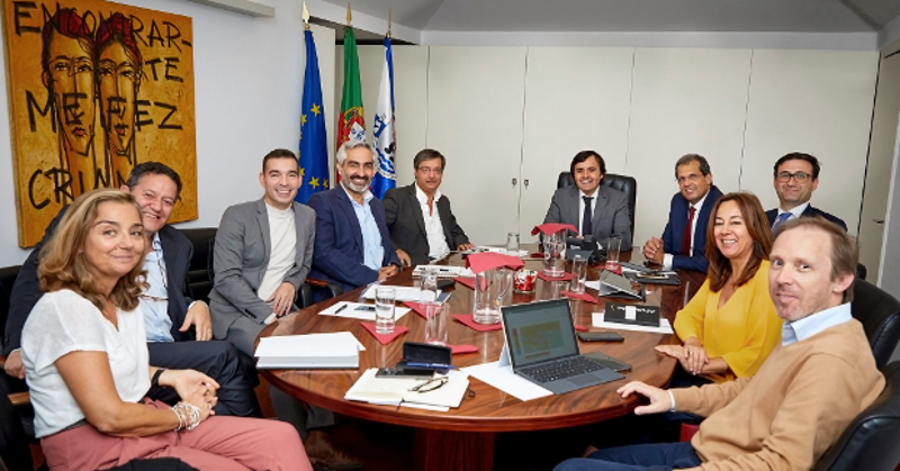 Representatives of ANACOM and Odivelas Municipal Council.